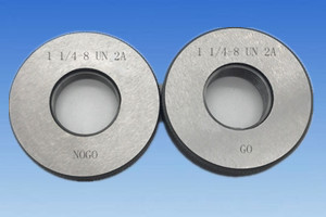 "1 7/8""-6 UN 2A ring gage"