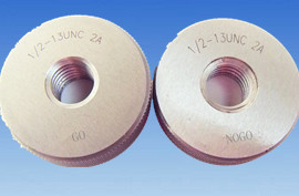 2 1/2-4 UNC thread ring gauge